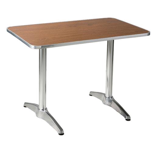 UJ511 테이블