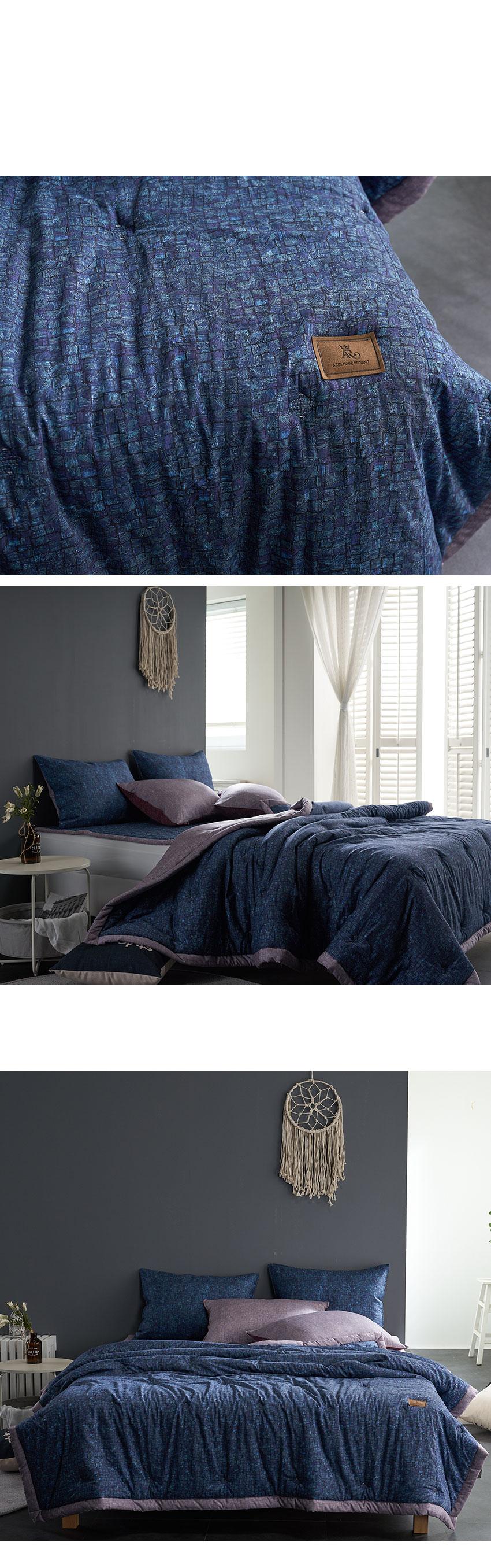 classic_bed_blue_02.jpg