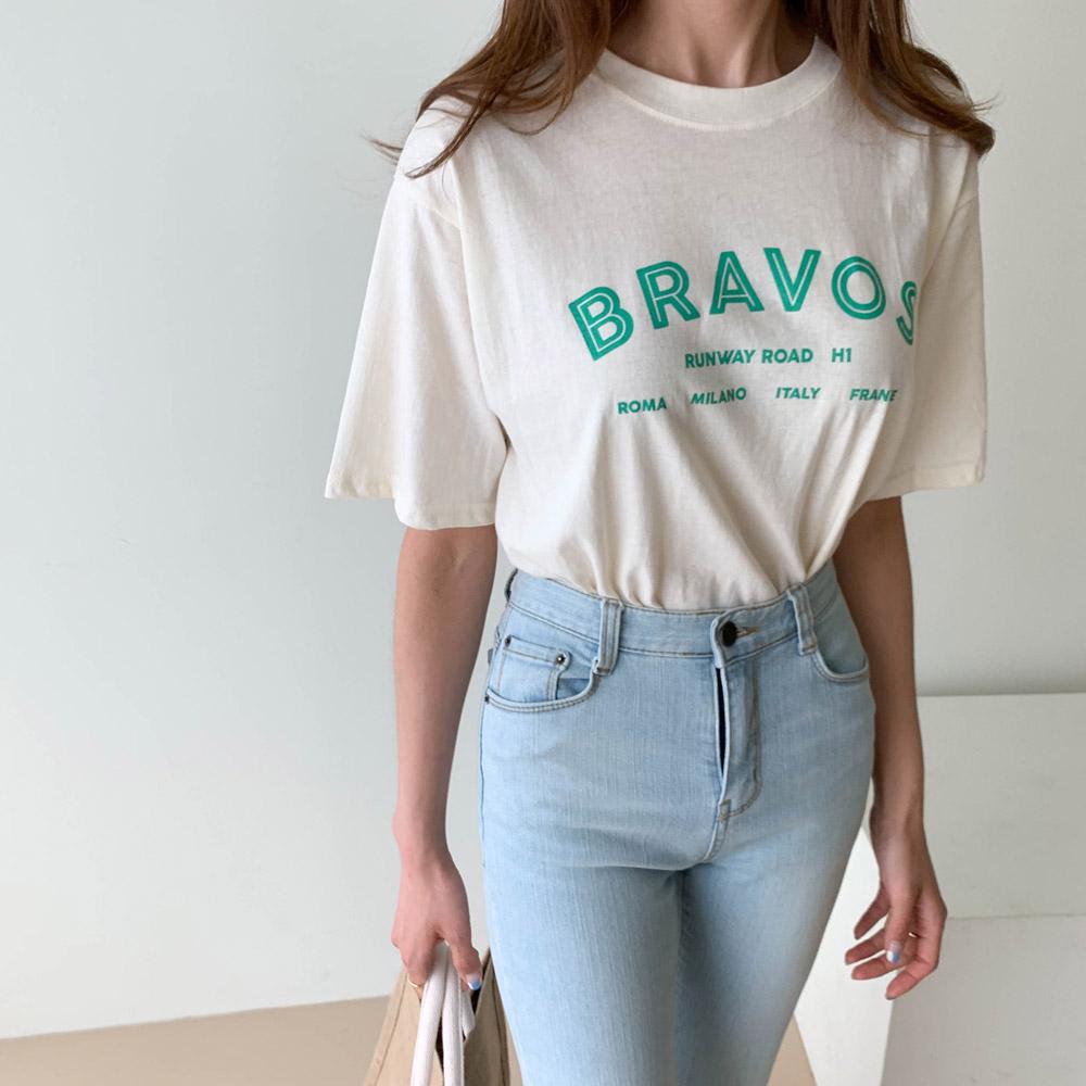 런웨이 라운드 티셔츠
