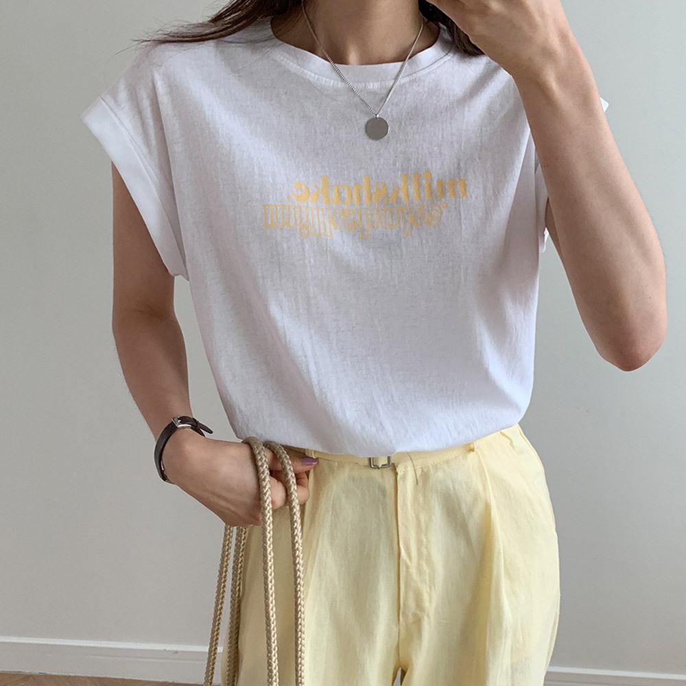 캡소매 영문 레터링 롤업 티셔츠