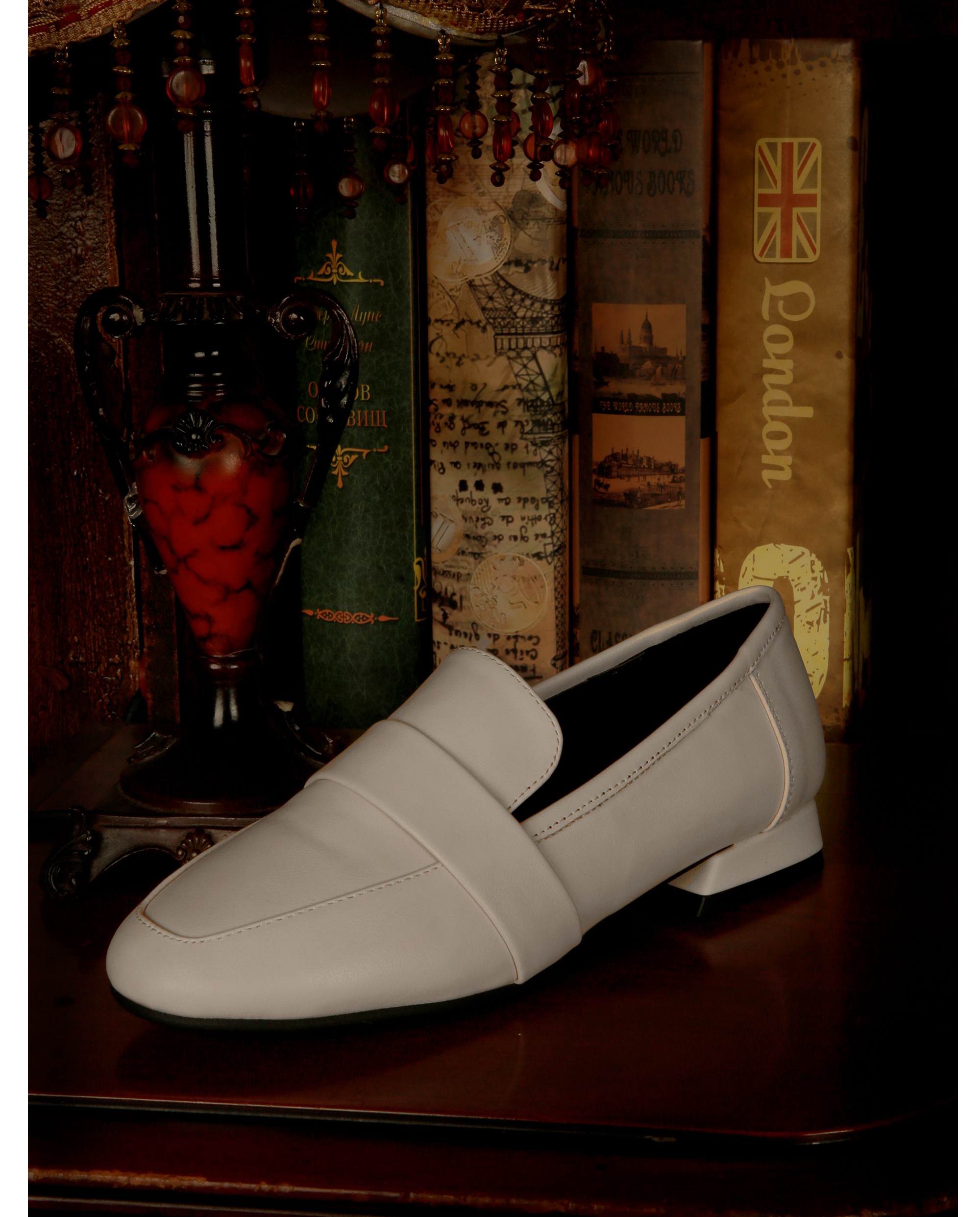 리플라(LI FLA) 19B501 cream loafer