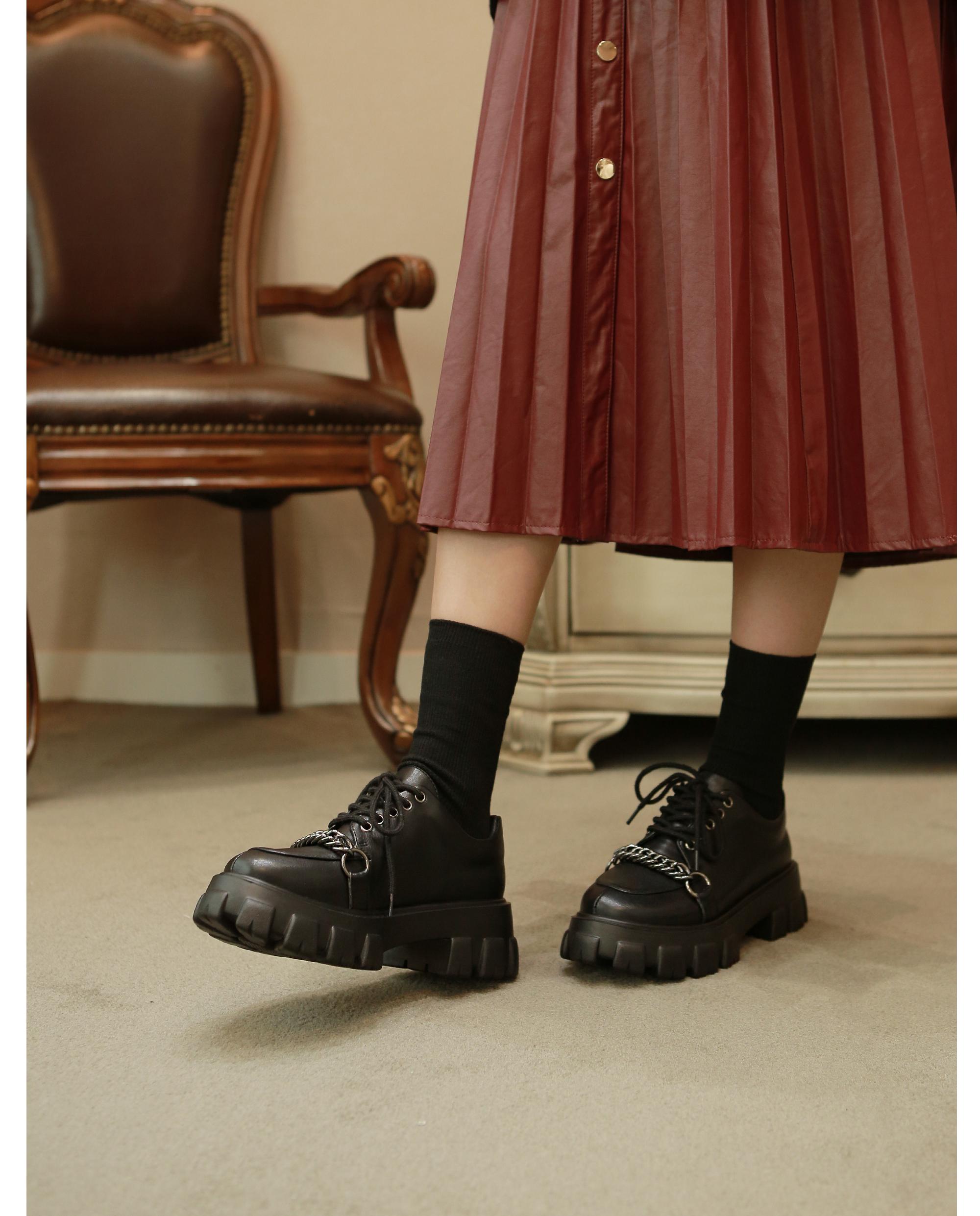 리플라(LI FLA) 19B510 black loafer