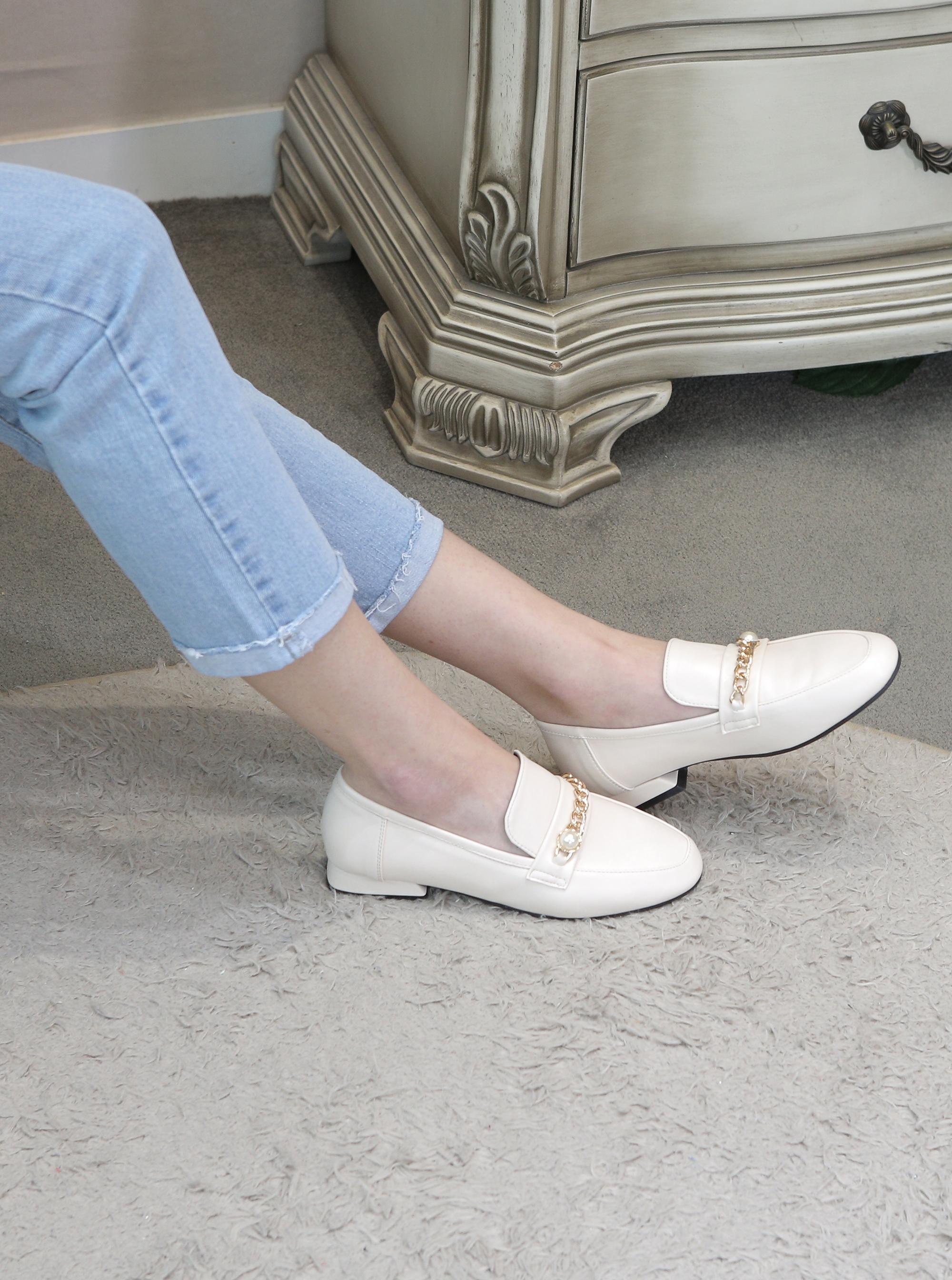 리플라(LI FLA) 20A104 cream loafer