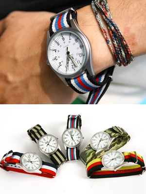 배색 시계 팔찌