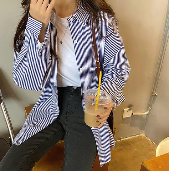 스위티아 여성용 ST77 블루 줄지 셔츠