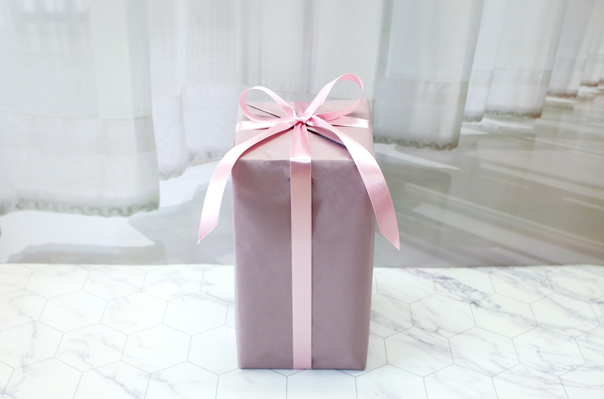 gift_d02.jpg (860A?569)
